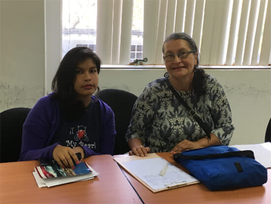 Licenciadas Iriana Quiaragua S. y Julia Salazar M.